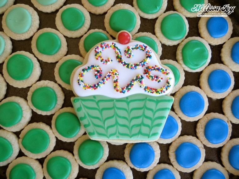 birthday cookie cupcake