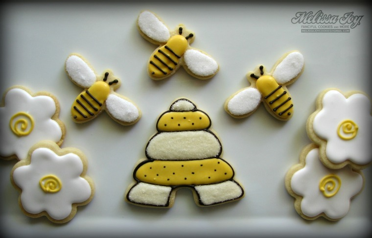 bee and hive cookies