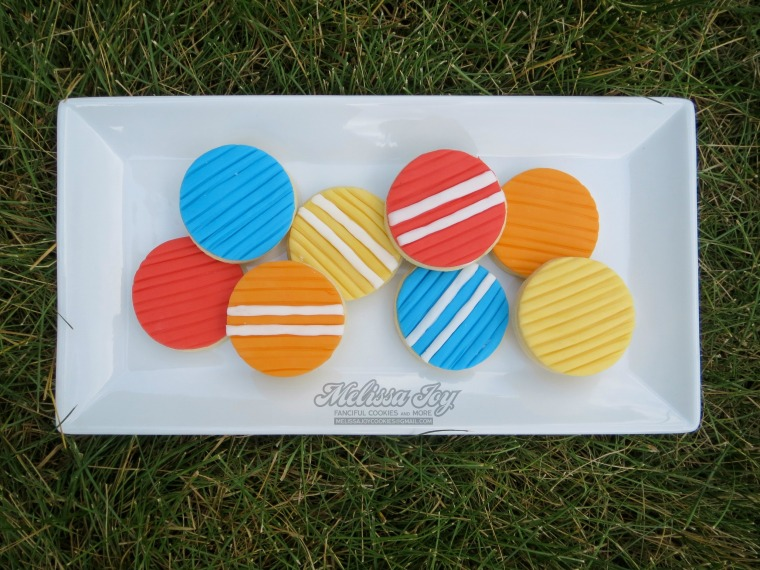 croquet ball cookies with fondant
