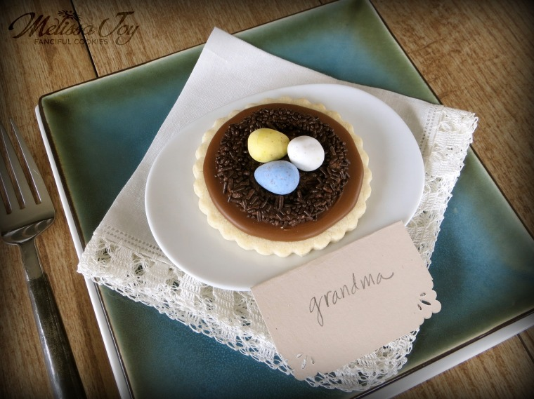 bird nest cookie place setting by melissa joy