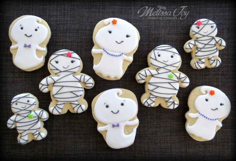 Easy Ghost and Mummy Cookies for Halloween!