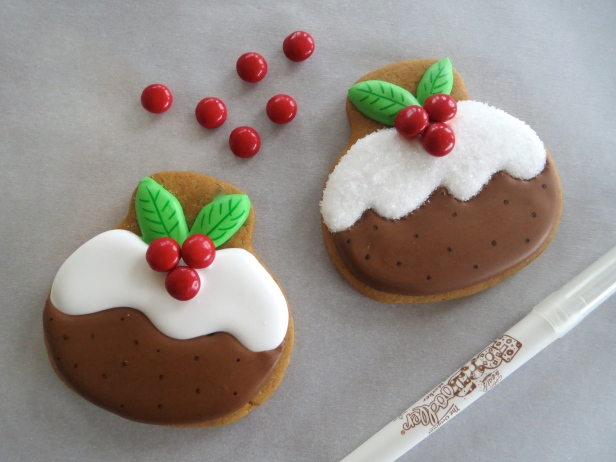 Figgy Pudding Cookie How-To by Melissa Joy