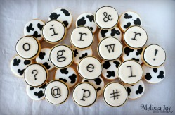click-clack-moo-themed-cookies